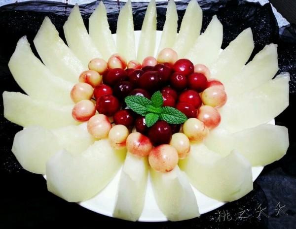爱心水果拼盘