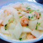 白萝卜烩虾仁的做法