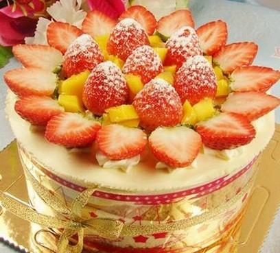 草莓榴梿棋格蛋糕
