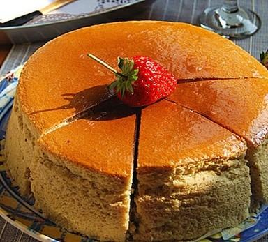 草莓轻乳酪蛋糕