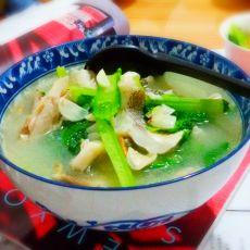 春菜奶香鲈鱼汤