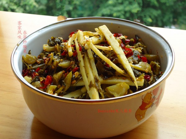 春笋炒酸菜的做法