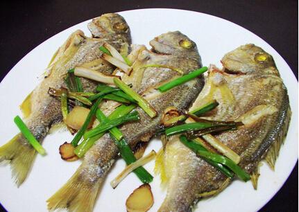 葱薑香煎鱼