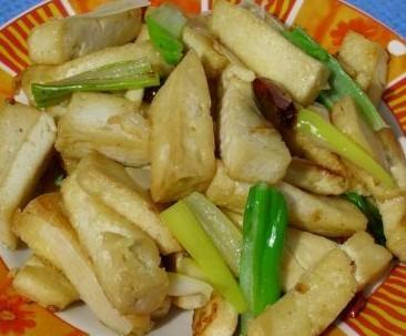 大葱炒脆豆腐