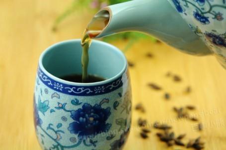 大麦香茶的做法