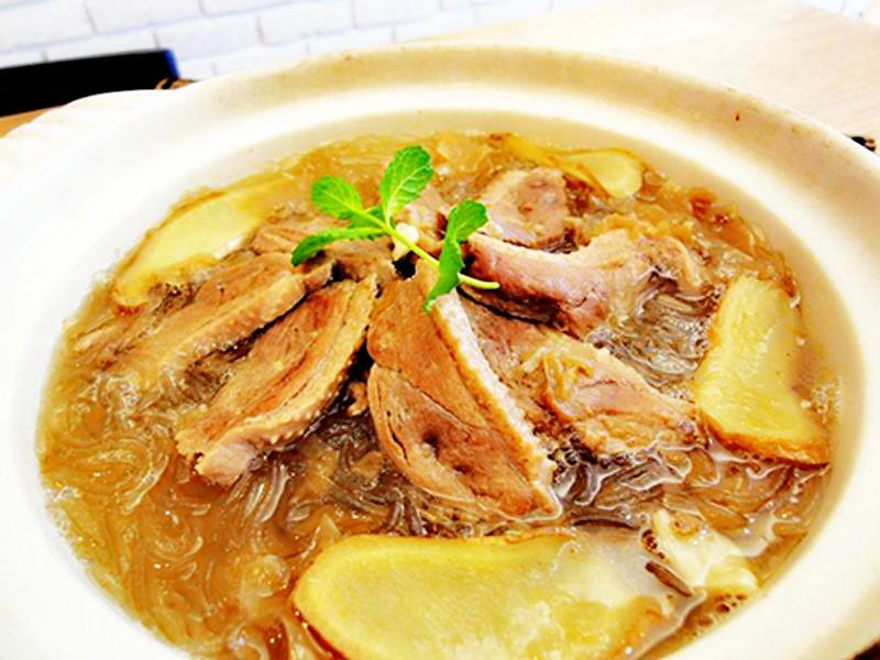 冬菜鹅肉冬粉汤的做法