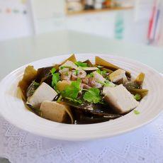 冻豆腐煲海带汤