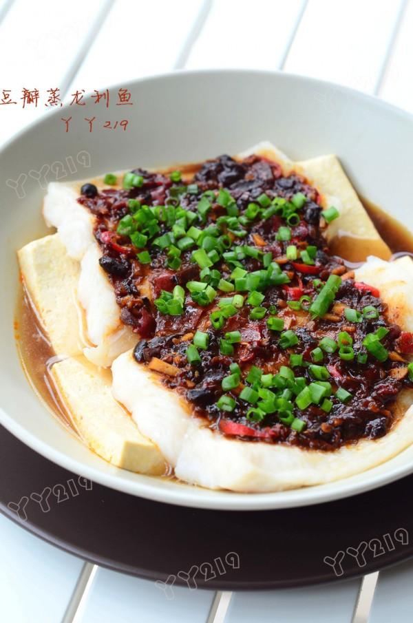 豆瓣蒸龙利鱼的做法
