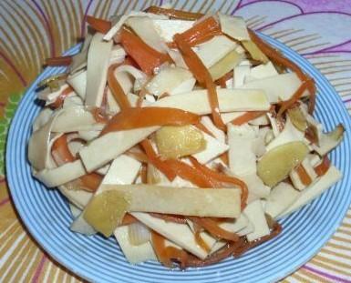 豆腐皮炒胡萝卜丝