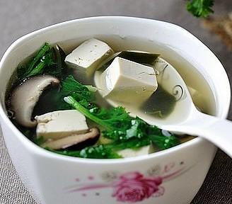 豆腐杂蔬汤