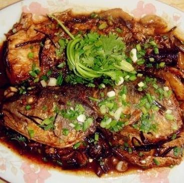 豆豉红烧鱼的做法