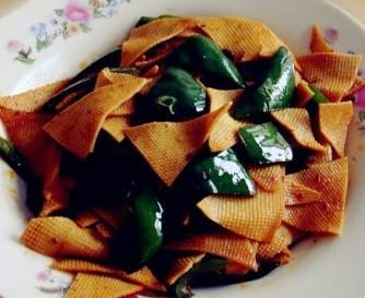 豆豉青椒炒百叶的做法
