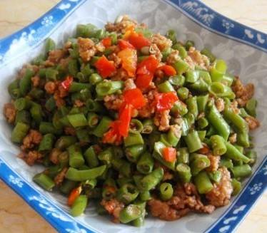 豆豉肉糜豇豆的做法