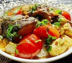 番茄豆腐焖三文鱼头