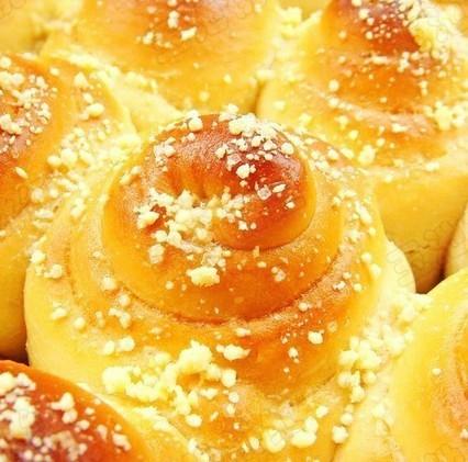 蜂蜜香酥面包的做法