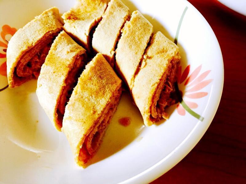 粉煎鲔鱼蛋饼