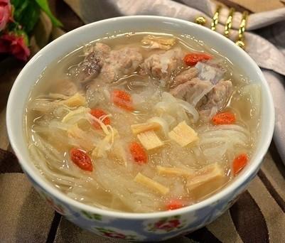 干贝杞子排骨萝卜丝汤