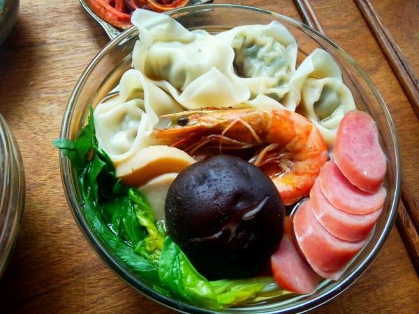 广式鲜虾馄饨面