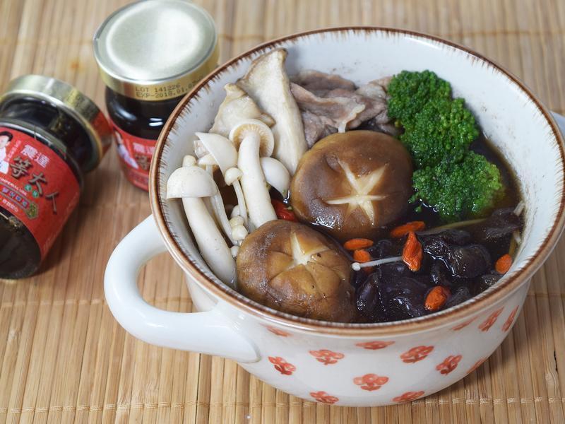 菇菇肉片汤