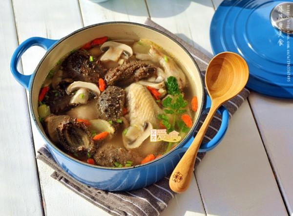 海参口蘑土鸡汤