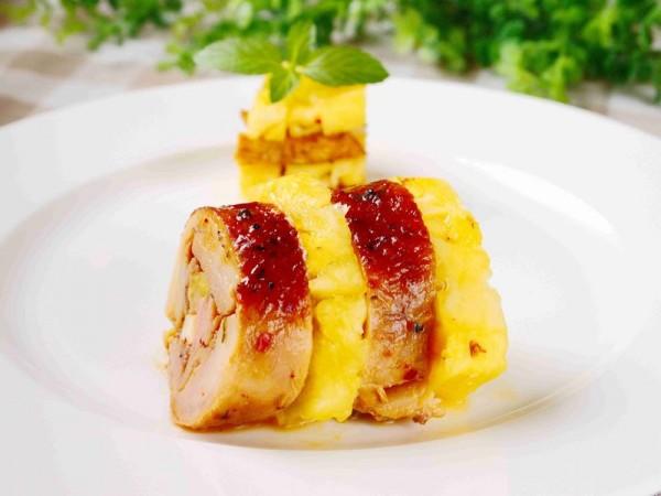 黑胡椒凤梨鸡肉卷