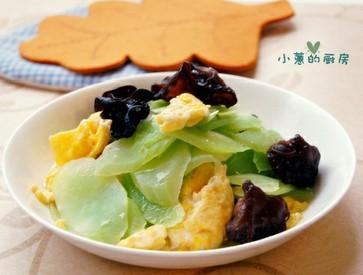 黑木耳鸡蛋炒莴笋