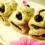 黑芝麻红枣花卷