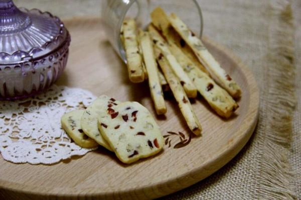 核桃蔓越莓饼干