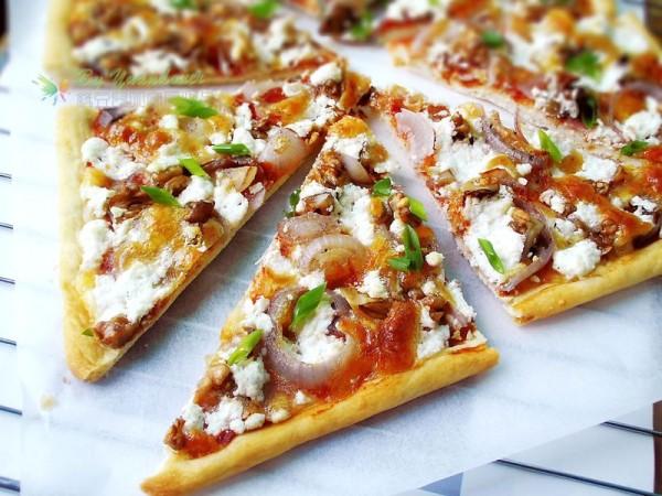 核桃洋葱披萨的做法