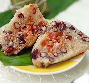 红豆肉粽的做法