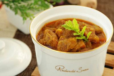 红咖喱牛肉