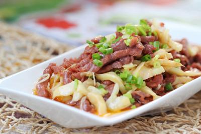 红笋炒牛肉的做法
