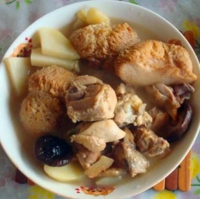 猴头菇炖鸡
