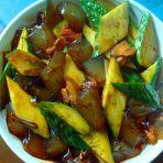 黄瓜炒鲜粉皮