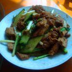 黄瓜炒炸豆腐