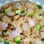黄瓜肉末炒饭的做法