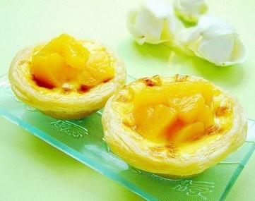 黄桃葡萄蛋挞的做法
