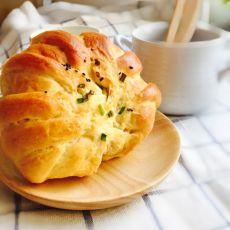 花式香葱芝麻面包