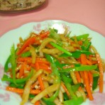 胡萝卜椒丝炒尤