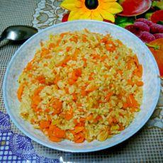 胡萝卜虾皮炒米饭