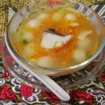 胡萝卜鱼片汤圆