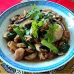 姜蒜炒滑鸡蘑菇