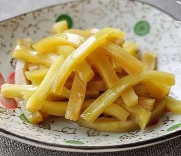 酱酸莴苣的做法