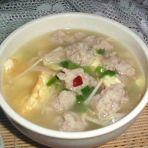 金针鸡蛋肉柳汤
