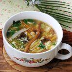金针酸辣汤