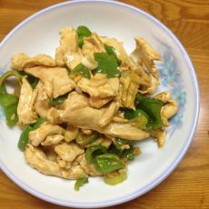 鸡肉炒青椒