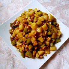 鸡肉土豆黄瓜丁