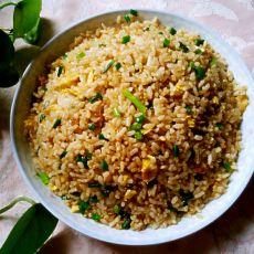 韭苔鸡蛋炒米饭