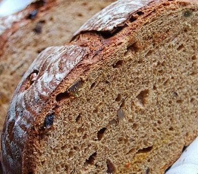 咖啡杂果大面包