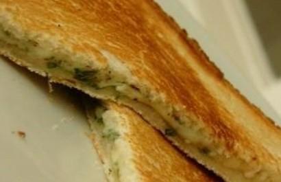 烤干酪三明治的做法